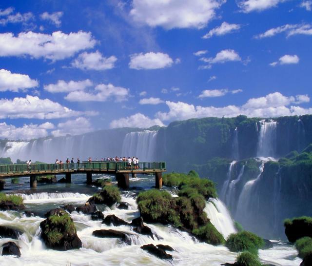 brazil-iguasu-1.jpg