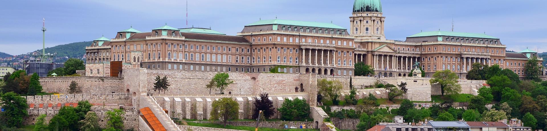 budapest-2637906-1920-1.jpg