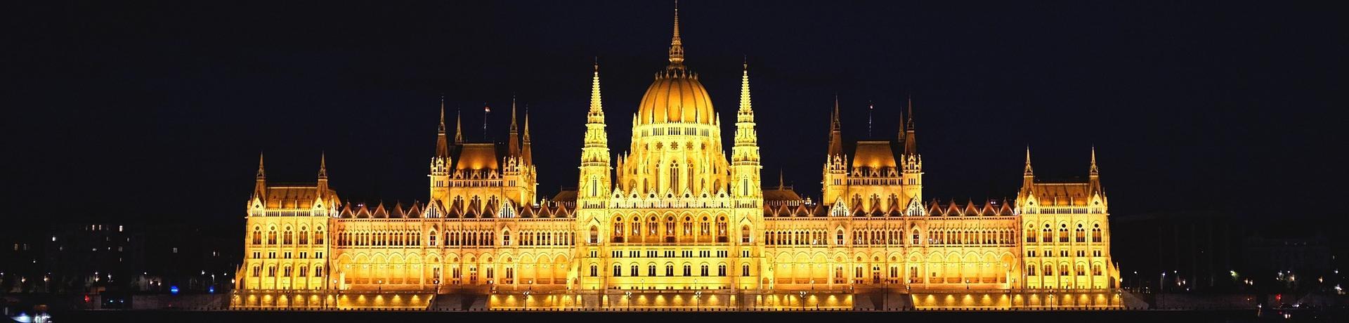 budapest-705825-1920.jpg