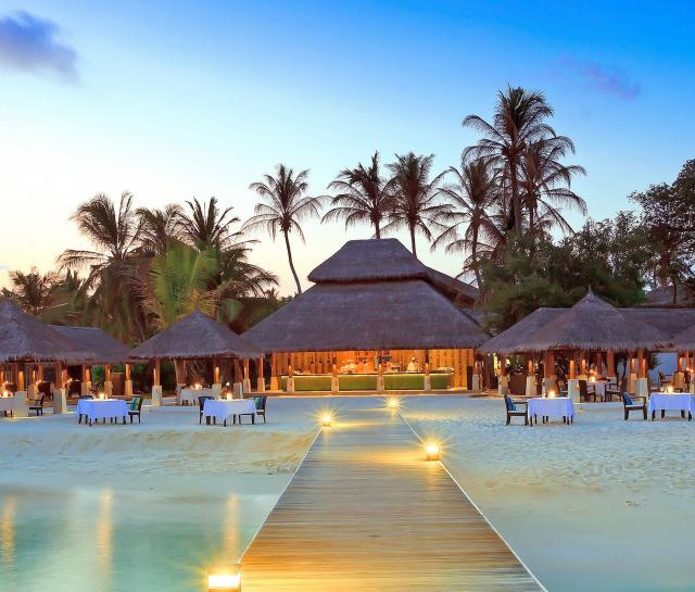 maldive-islands-resort-wide-3.jpg