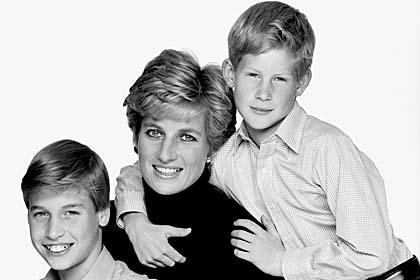 01-Princess-Diana-Prince-William-and-Prince-Harry-Photo-C-Getty-Images.jpg