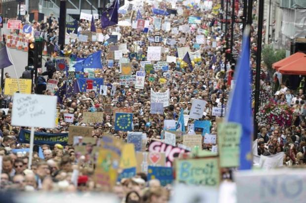0207-world-london-brexit_protest_620_413_100.jpg