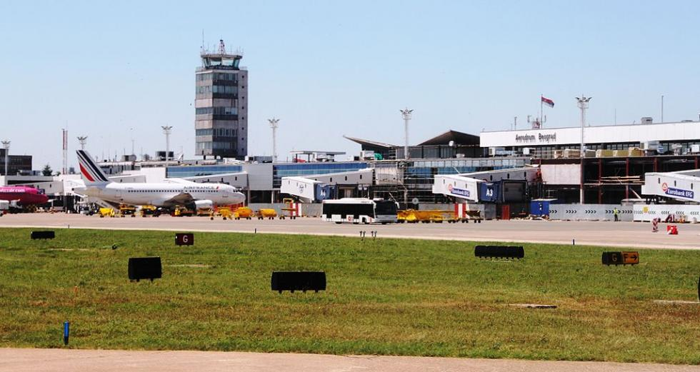 1024px-Beograd_Nikola_Tesla_airport_IMG_9217.JPG