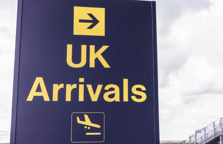 151126-UK-arrivals-766x494.jpg