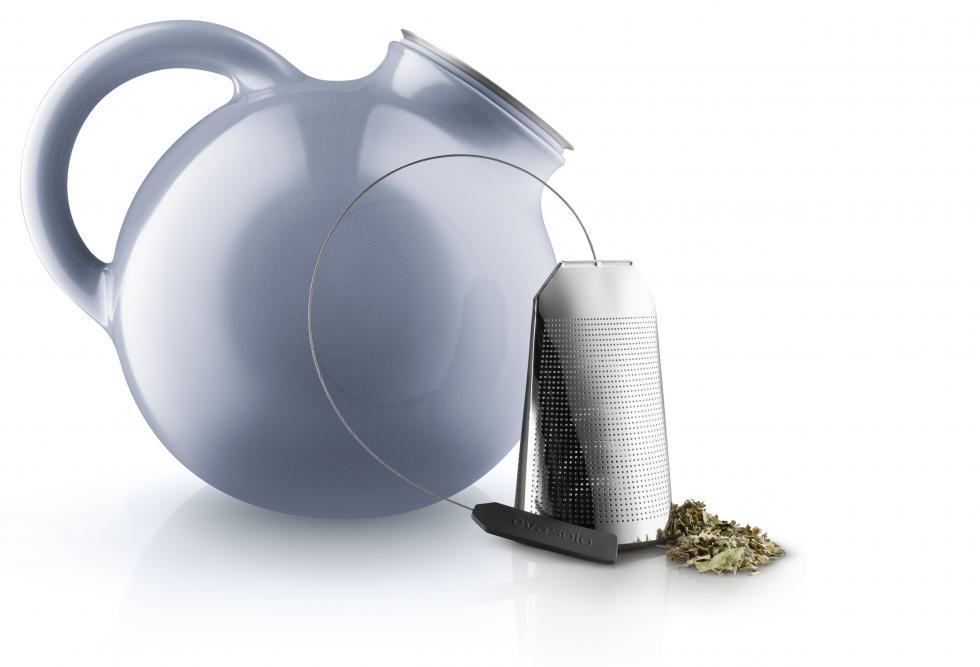 502752 Globe Teapot Nordic blue 2 Regi.jpg