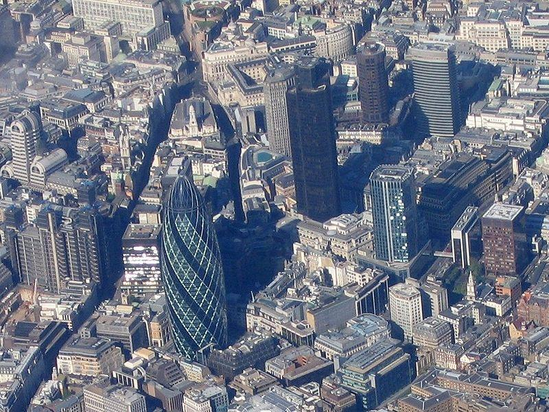 800px-Aerial_view_of_the_City_of_London.jpg