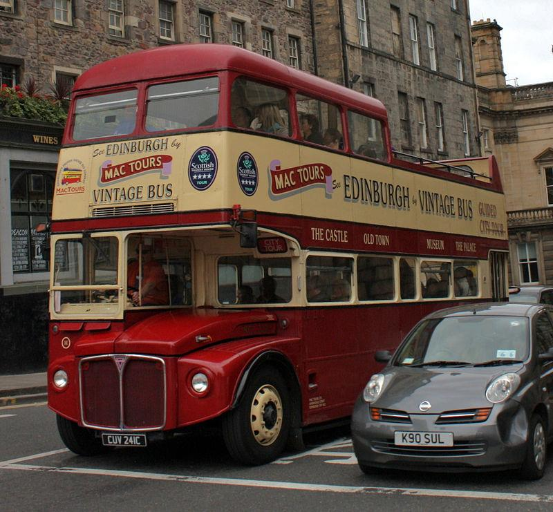 800px-Lothian_Buses_open_top_tour_bus_11_(RCL2241)_Routemaster_CUV_241C_Mac_Tours_livery,_29_August_2010.jpg