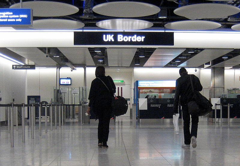 800px-UK_Border,_Heathrow.jpg