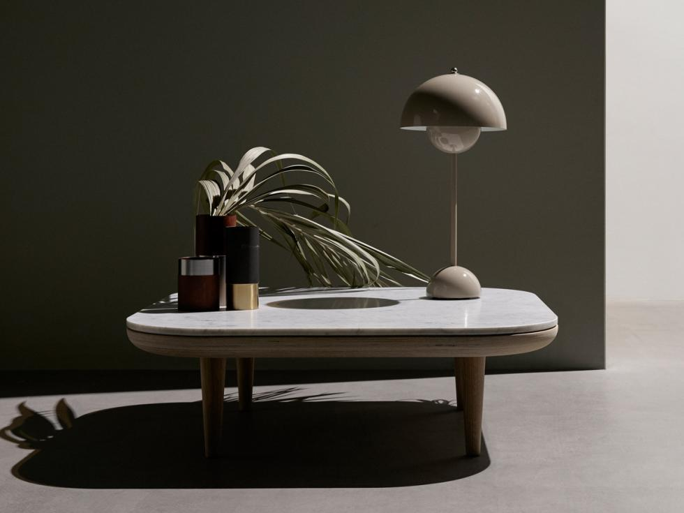 andTradition-FlowerPot-VP3-Table-Lamp-Grey-Beige-insitu.jpg