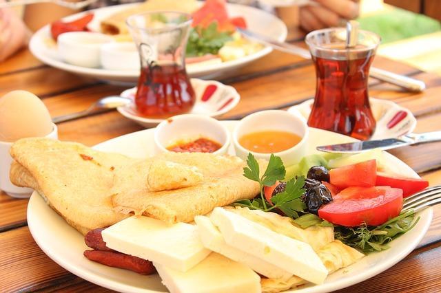 breakfast-944305_640.jpg