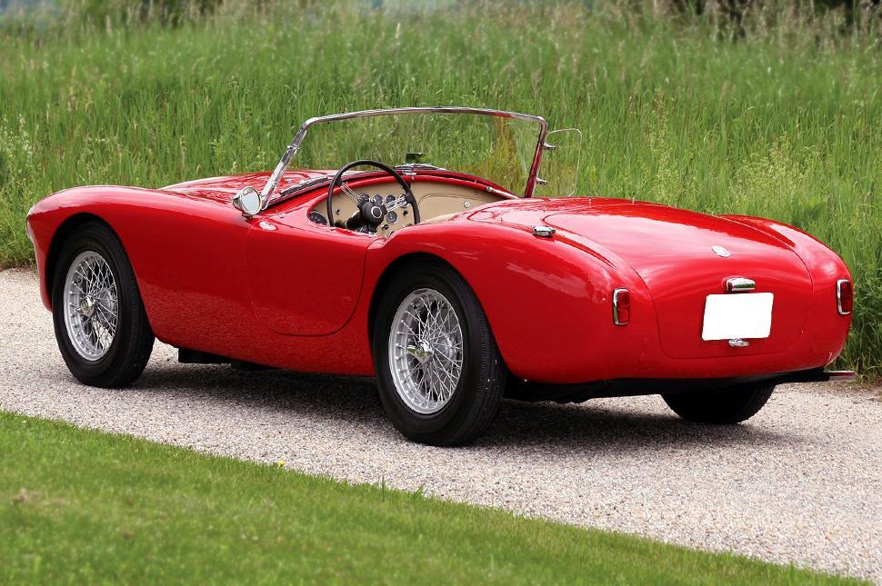 british-sports-car.jpg