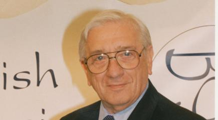 carry-on-screenwriter-norman-hudis-has-died-aged-93-136403897762210401-160209124113.jpg