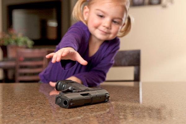 Child-GUN_001.jpg