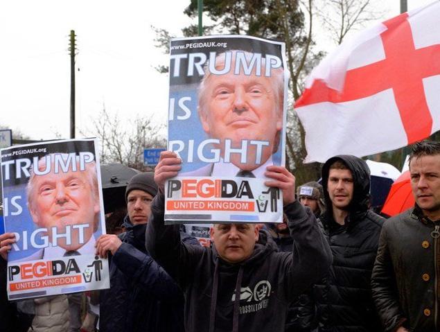donald-trump-sign-england-islam2.jpg