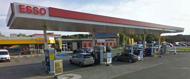 Esso-Service-Station-beside-the-E411-highway-in-Bierges-Belgium.jpg