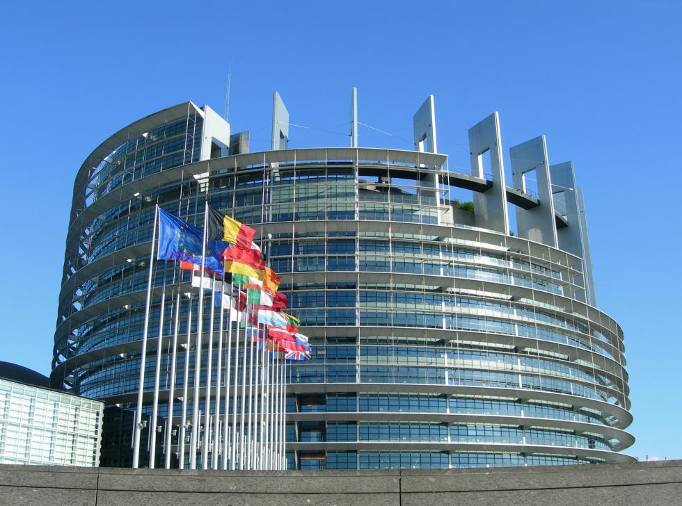 Europa_Parlament02_sportmenu.jpg