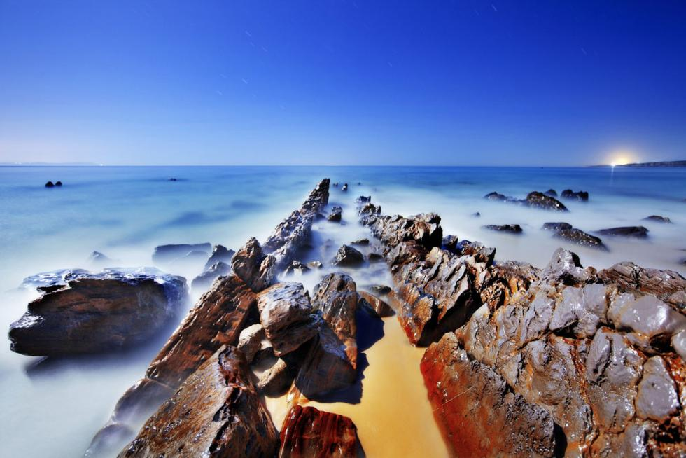 extreme-points-of-europe-punta-de-tarifa-copyright-arnau-dubois-european-best-destinations.jpg