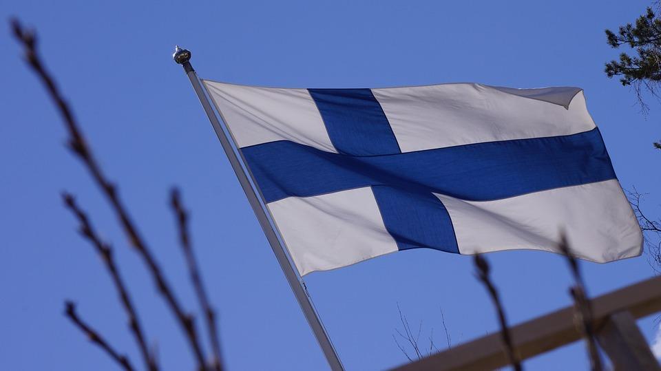 flag-of-finland-201175_960_720.jpg