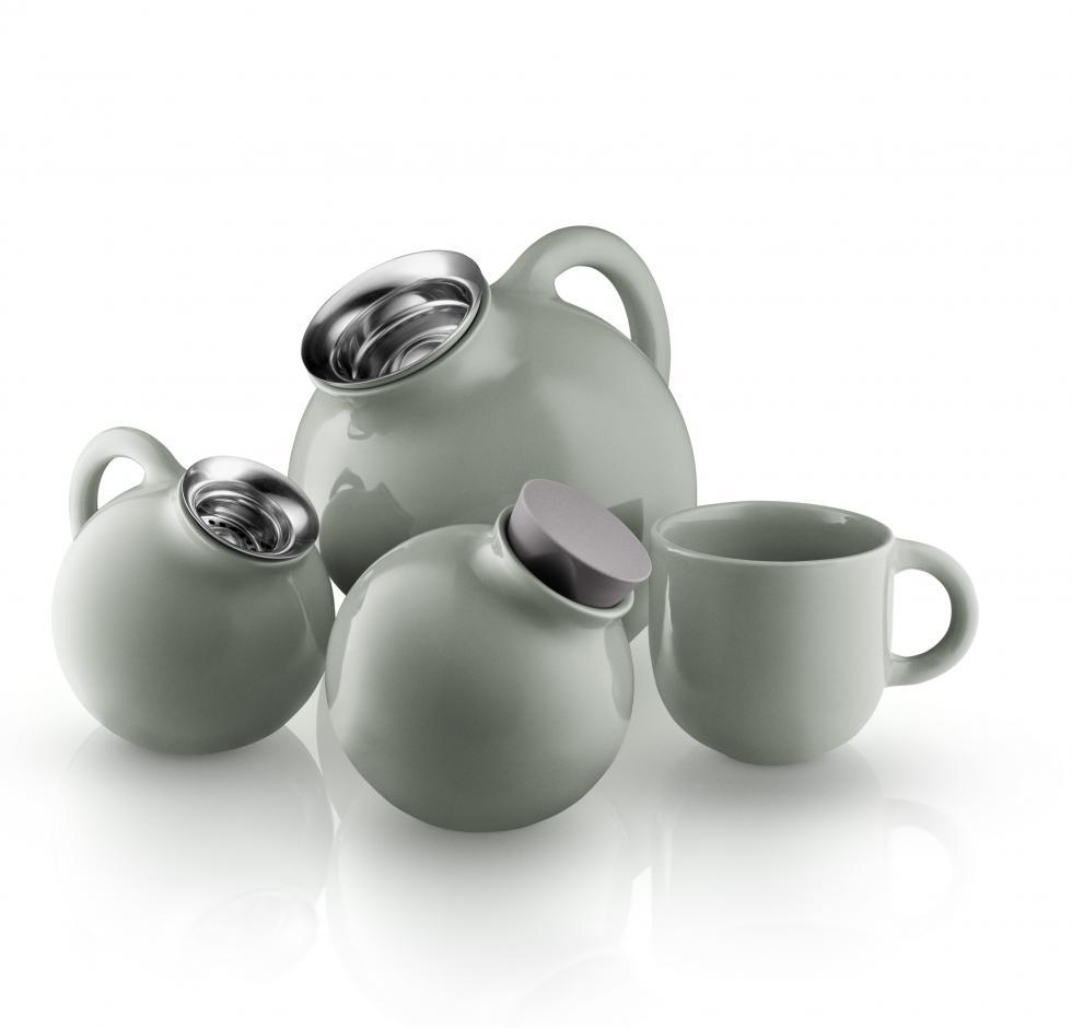 Globe tea concept Nordic green.jpg