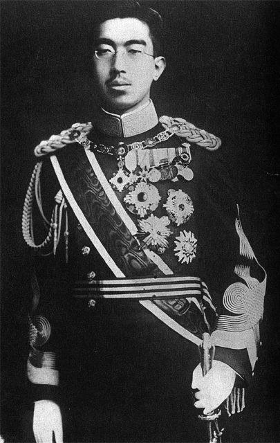 Hirohito_wartime-405x640.jpg