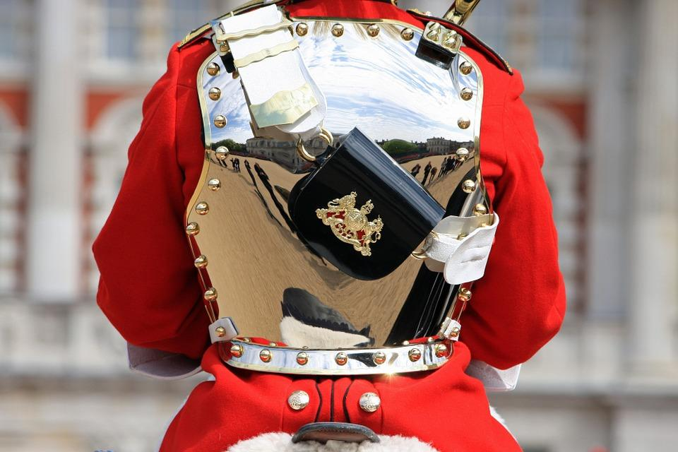 household-cavalry-soldier-275949_960_720.jpg