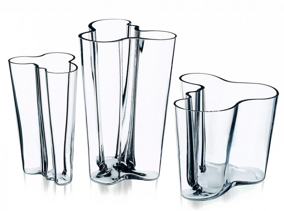 iittala+alvar+aalto+clear+glass+vases.jpg