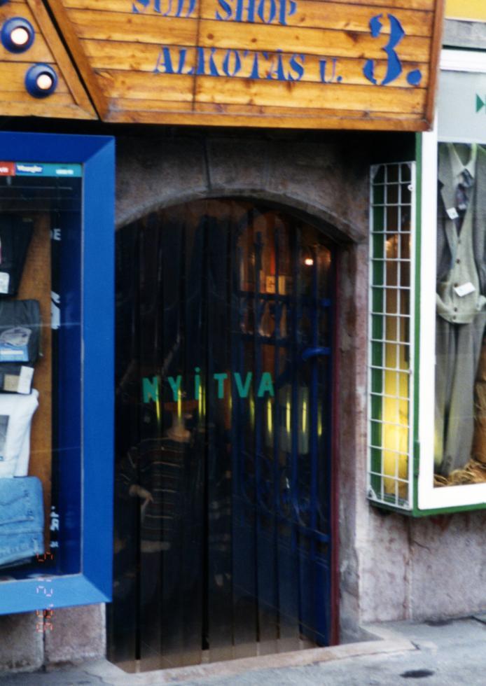 Termofüggöny bejárati ajtókra