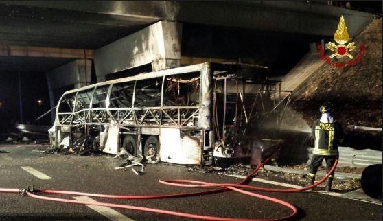 incidente-bus-verona.jpg