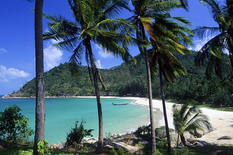 Ko-Pha-Ngans-Bottle-Beach-feels-a-world-away-from-Hat-Rin.jpg