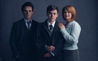 l-r_Harry_Potter_(Jamie_Parker),_Albus_Potter_(Sam_Clemmett),_Ginny_Potter_(Poppy_Miller)-small_trans++P642x9a4zXQRkyaVdo3I2TWirqIBi3L-jQ5m0Ctq1mo.jpg