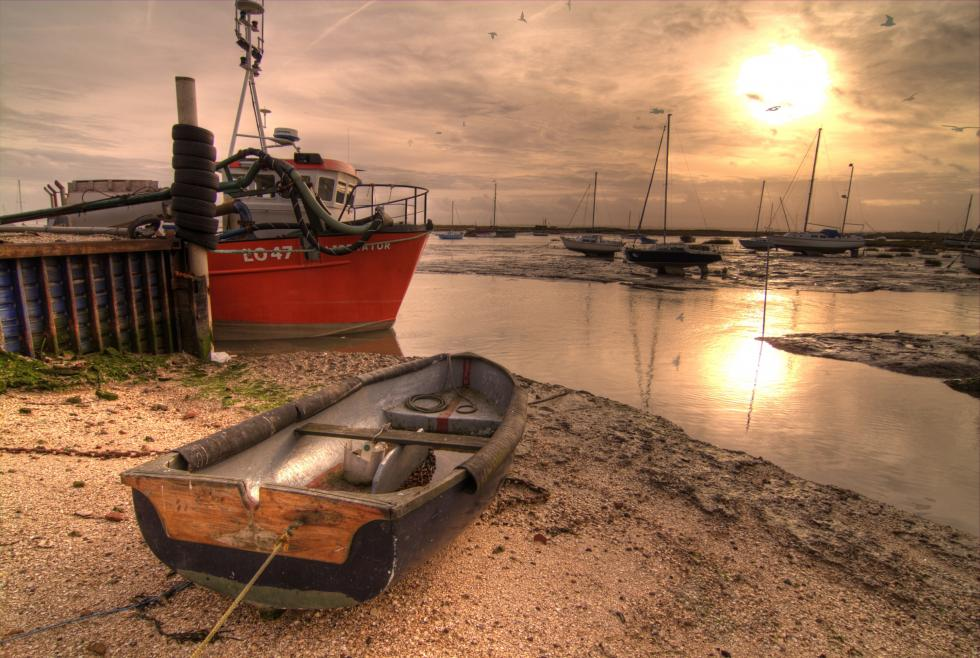leigh-on-sea-cockle-beach.jpg