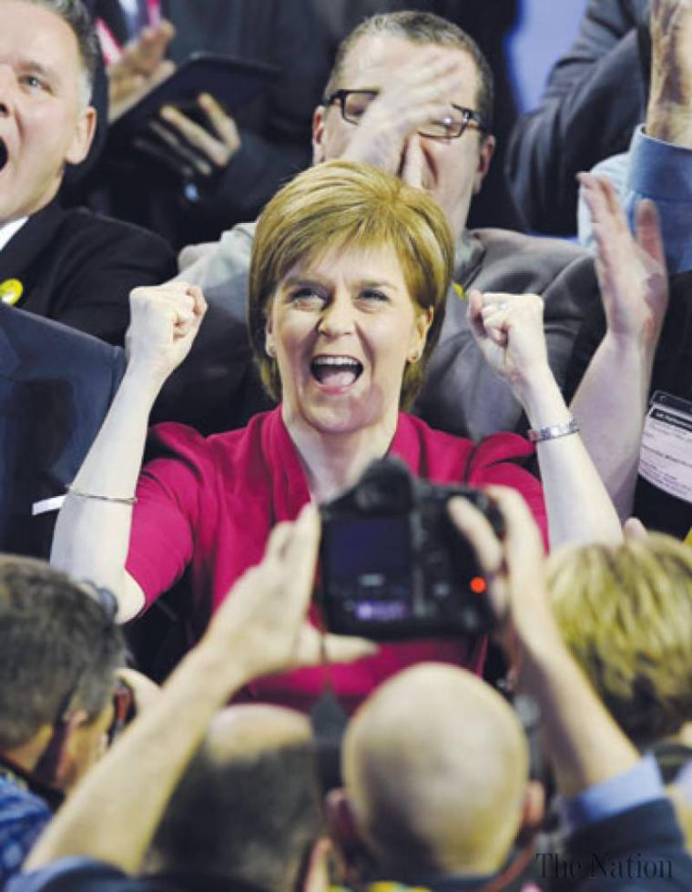 lion-roars-as-scottish-nationalists-score-historic-sweep-1431116852-5677.jpg
