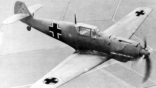 messerschmitt-bf-109-fighter-02.png