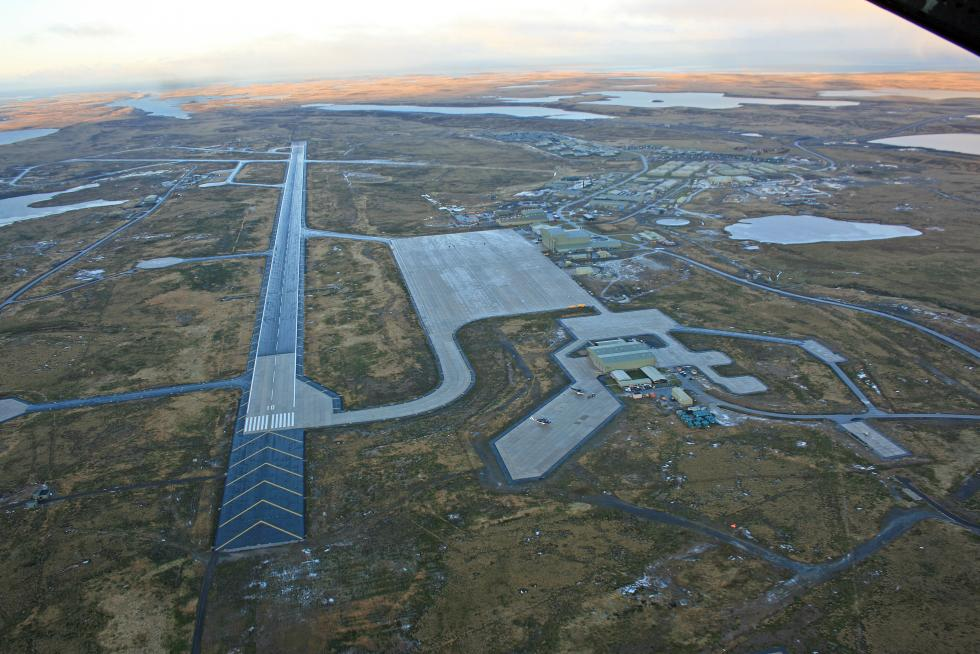 Mount_Pleasant_Airport_-_Donald_Morrison.jpg