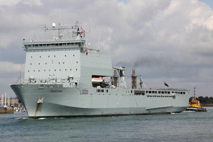 Angol hadihajók mennek görög vizekre Feltartóztatják a migránsáradatot