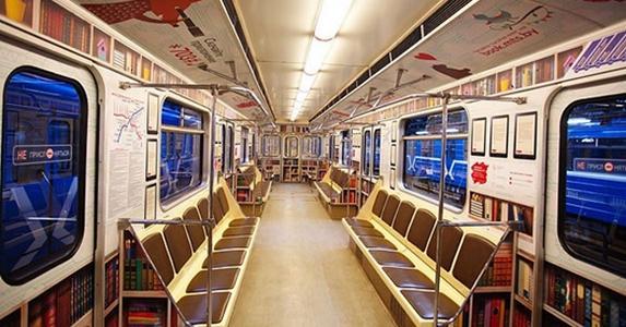 mozgo_konyvtar_a_minszki_metron.jpg