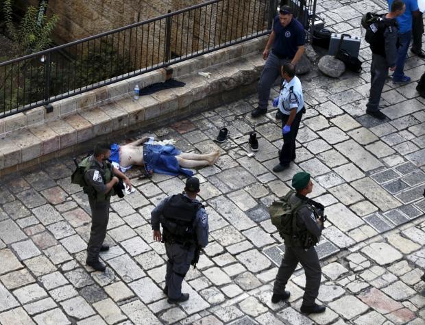 palestinian-shot-dead-after-stabbing-israeli-police.jpg