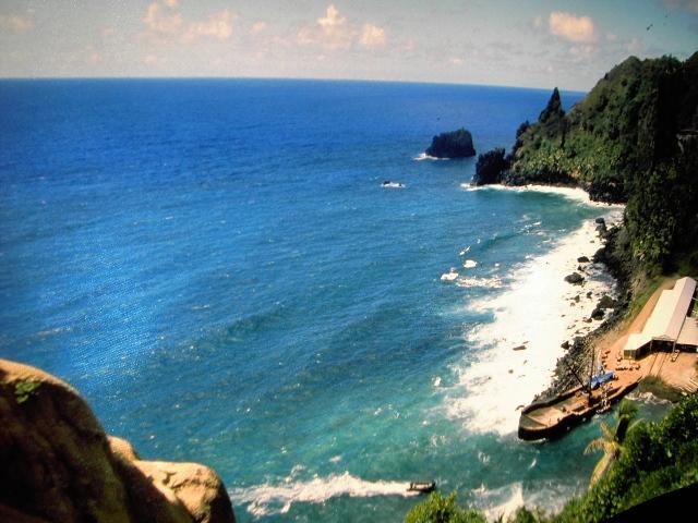 Pitcairnlanding.jpg