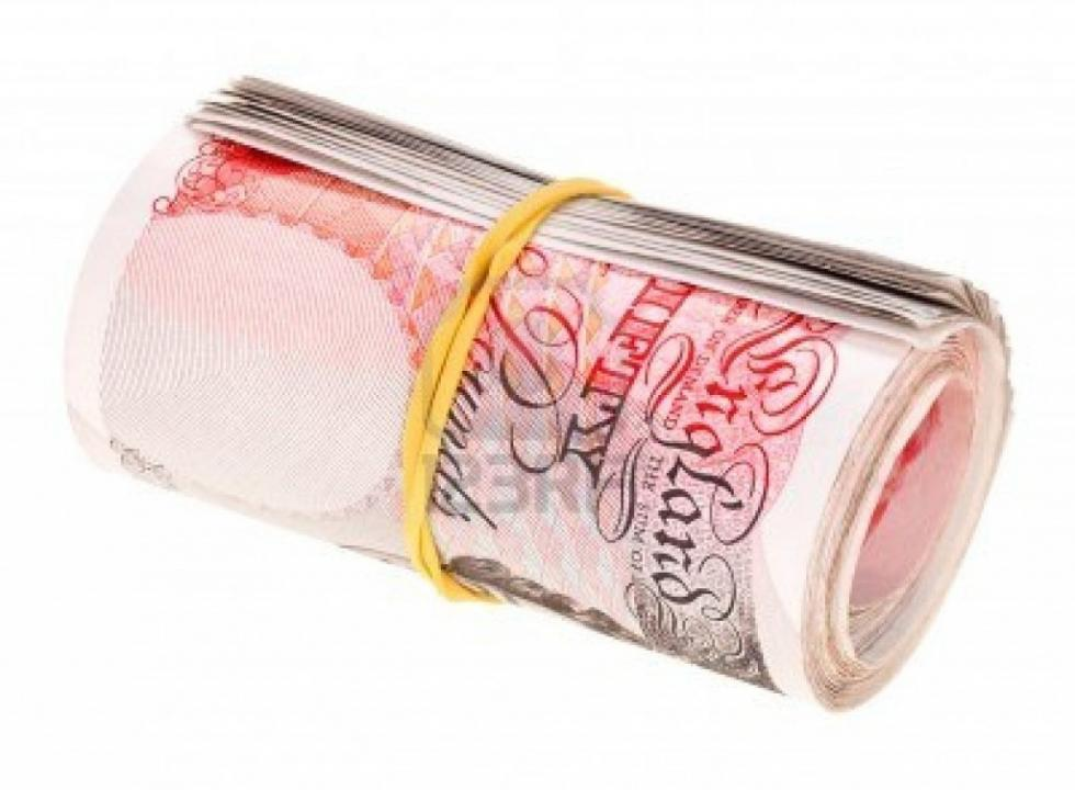pound-sterling-rolled-up-bank-notes-isolated-on-white-1024x752.jpg