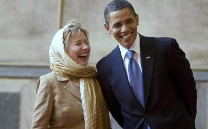 President-Obama-and-US-Secretary-of-State-Hillary-Clinton-tour-the-Sultan-Hassan-Mosque-in-Cairo-June-4-2009-reut.jpg