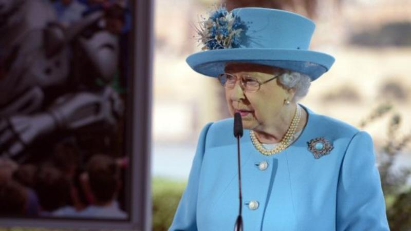 Queen-delivers-speech-at-CHOGM-2015.jpg