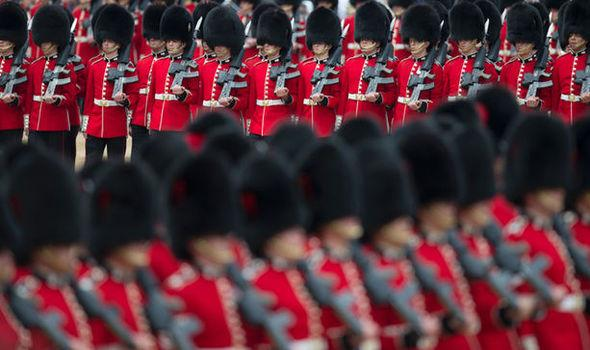 Queen-s-foot-guards-have-worst-records-of-drug-abuse-across-armed-forces-757280.jpg