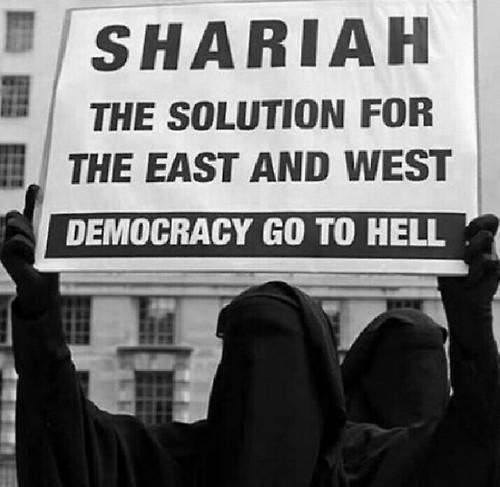sharia-law-1.jpg