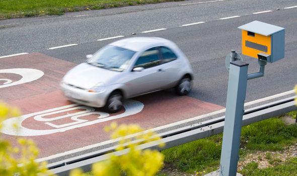 speeding-fines-854707.jpg