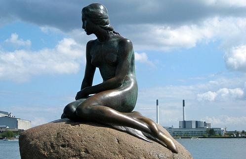 The_Little_Mermaid_statue.jpg