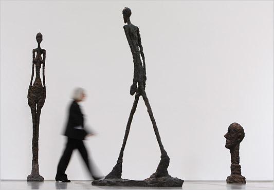 walking-by.giacometti.533.jpg